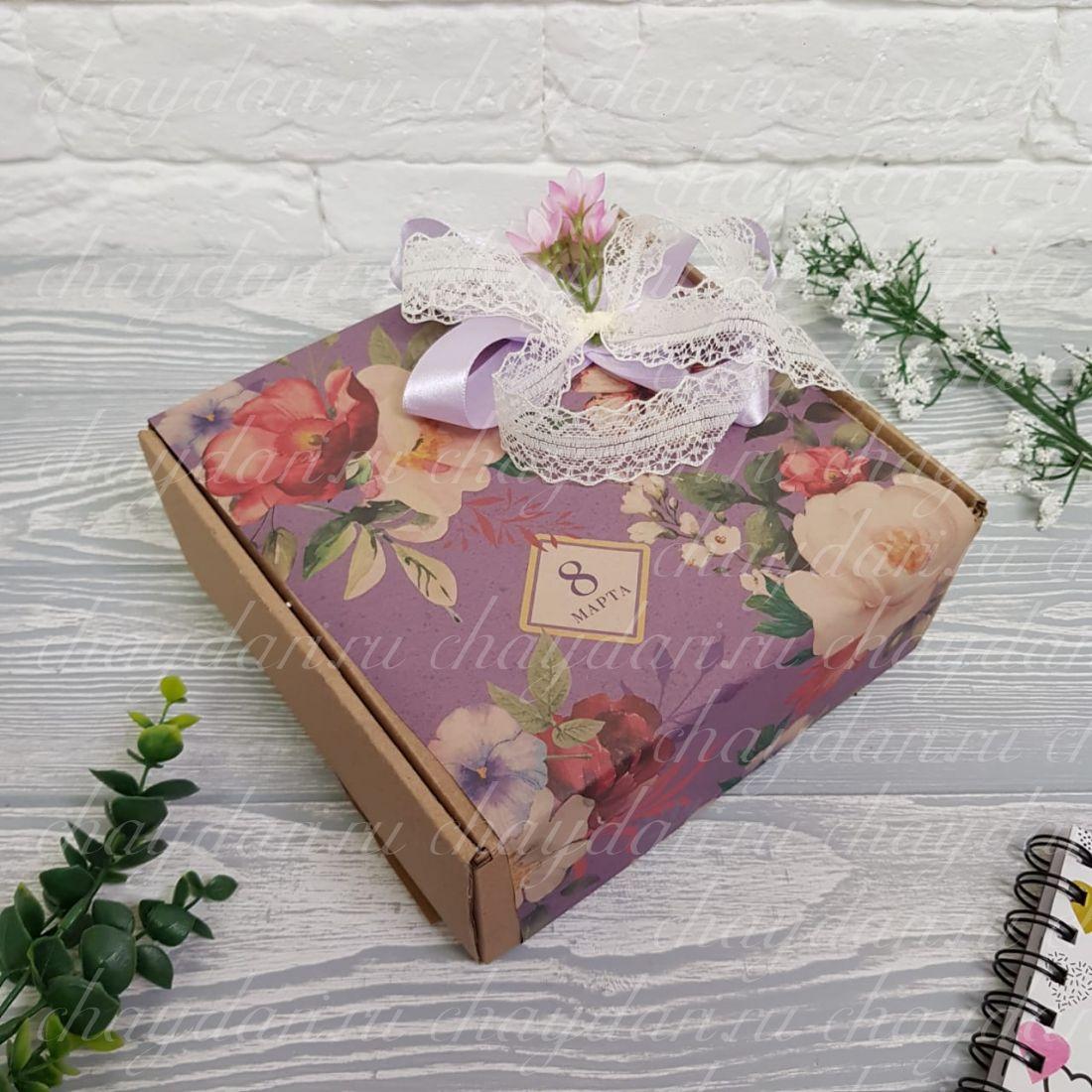 """Коробка с чаем и сладостями """"Цветочный узор"""""""