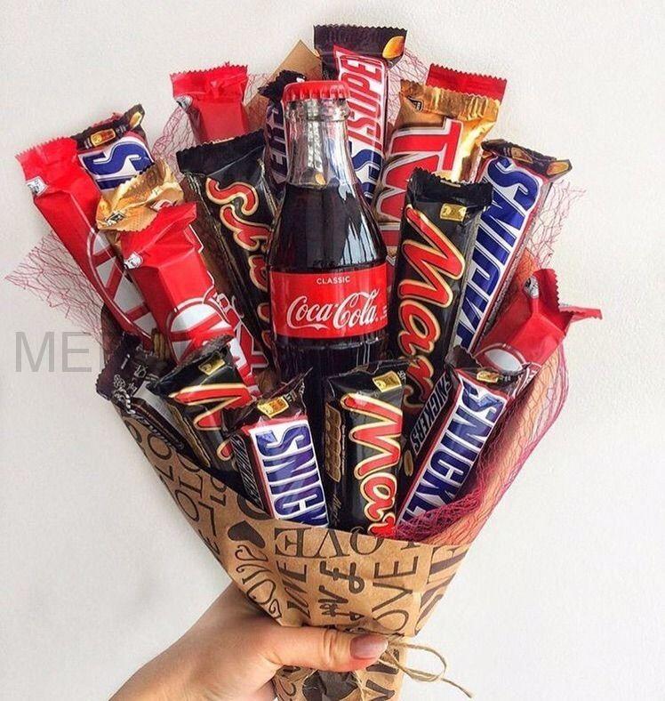 Сладкий букет из шоколадок №2