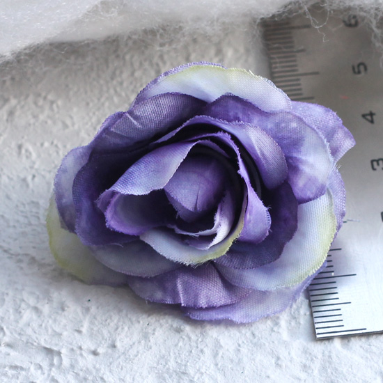Тканевый цветок Сиренево-белый 2,5см