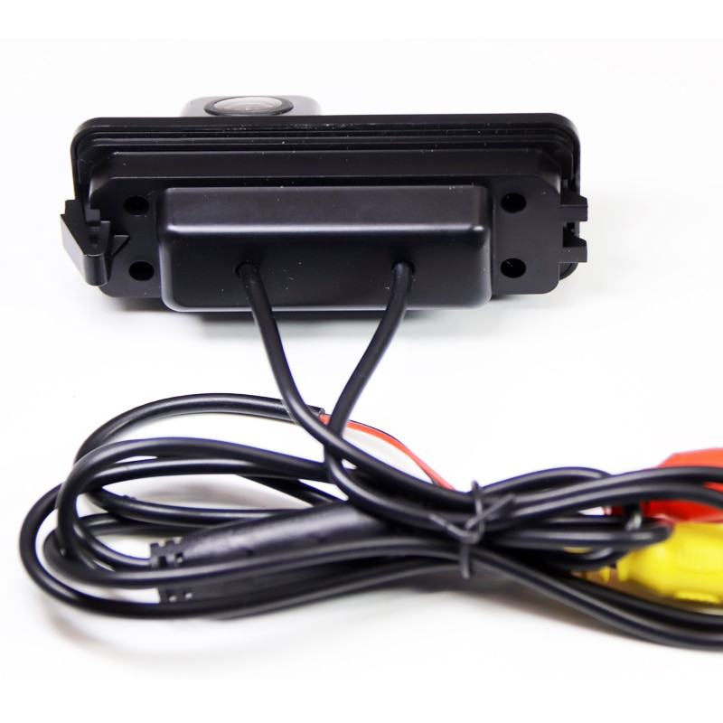 Камера заднего вида Volkswagen Passat B7 (2011-2015)