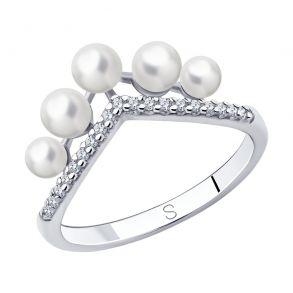 Кольцо из серебра с жемчугом и фианитами 94013114 SOKOLOV