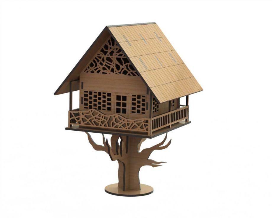 Домик на дереве для птиц