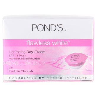 Крем для лица дневной осветляющий Pond's Flawless White 25 гр