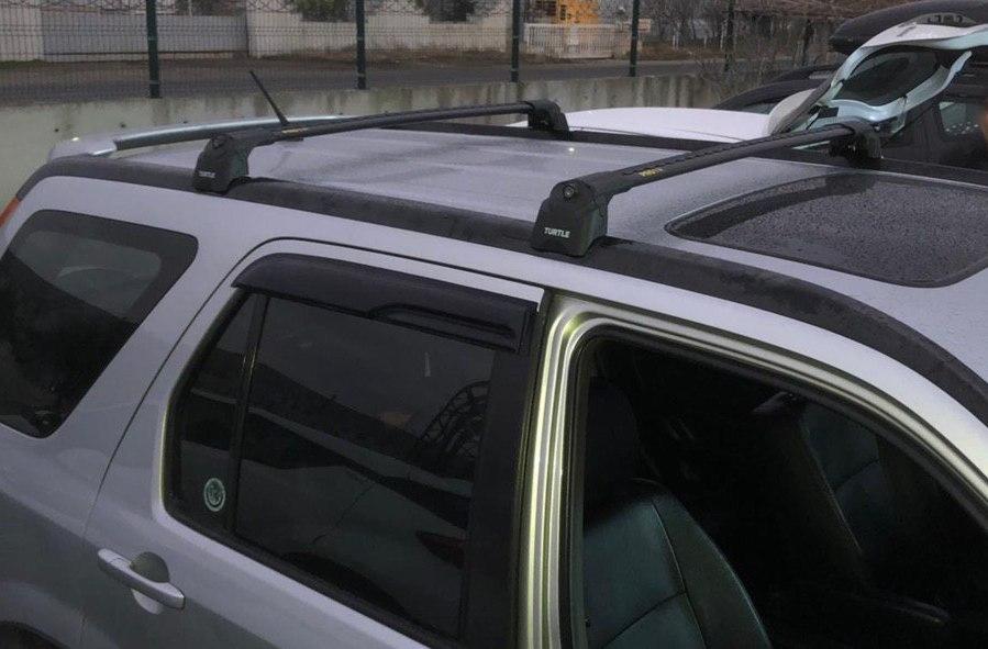 Багажник на Honda CR-V 2002-2006 (2 поколение), Turtle Air 3, аэродинамические дуги (черный цвет)