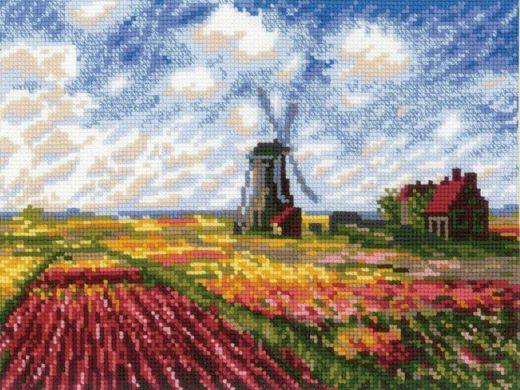 Набор для вышивания крестом Поле с тюльпанами №1643 фирма Риолис