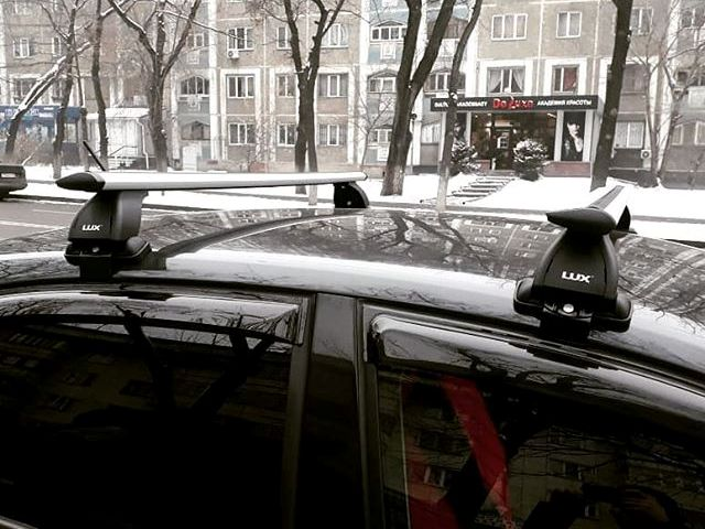 Багажник на крышу Nissan Almera Classic 2006-13, Lux, крыловидные дуги