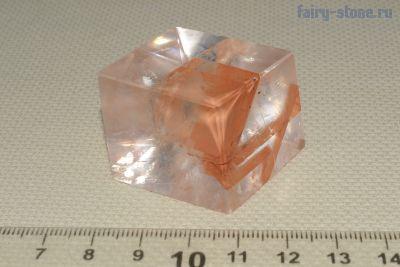 Исландский шпат, оптический кальцит (Calcite) с включениями