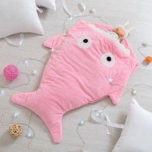 """Одеяло (конверт) для детей Крошка Я  """"Акула"""" цв.розовый, 48*83 см, чехол п/э, подклад хл.   4357235"""