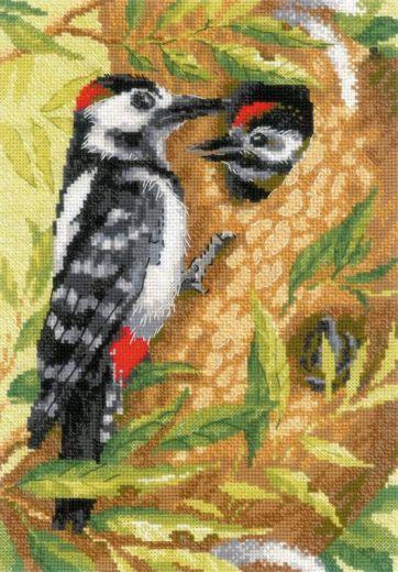 Набор для вышивания крестом Дятел №1851 фирма Риолис