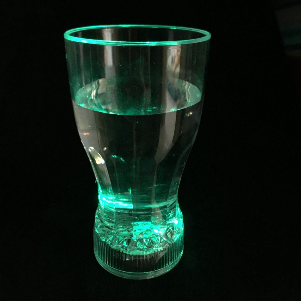 Стильный мерцающий стакан для коктейлей Fancy Light Glass
