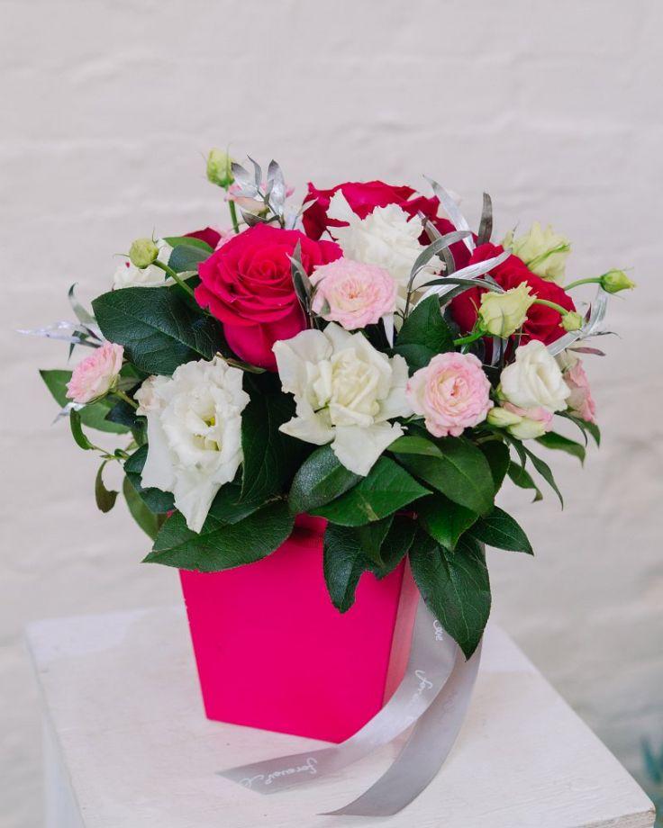 "Коробка с цветами ""Время любить"""
