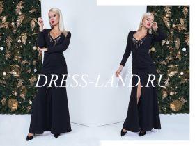Черное платье макси с глубоким декольте