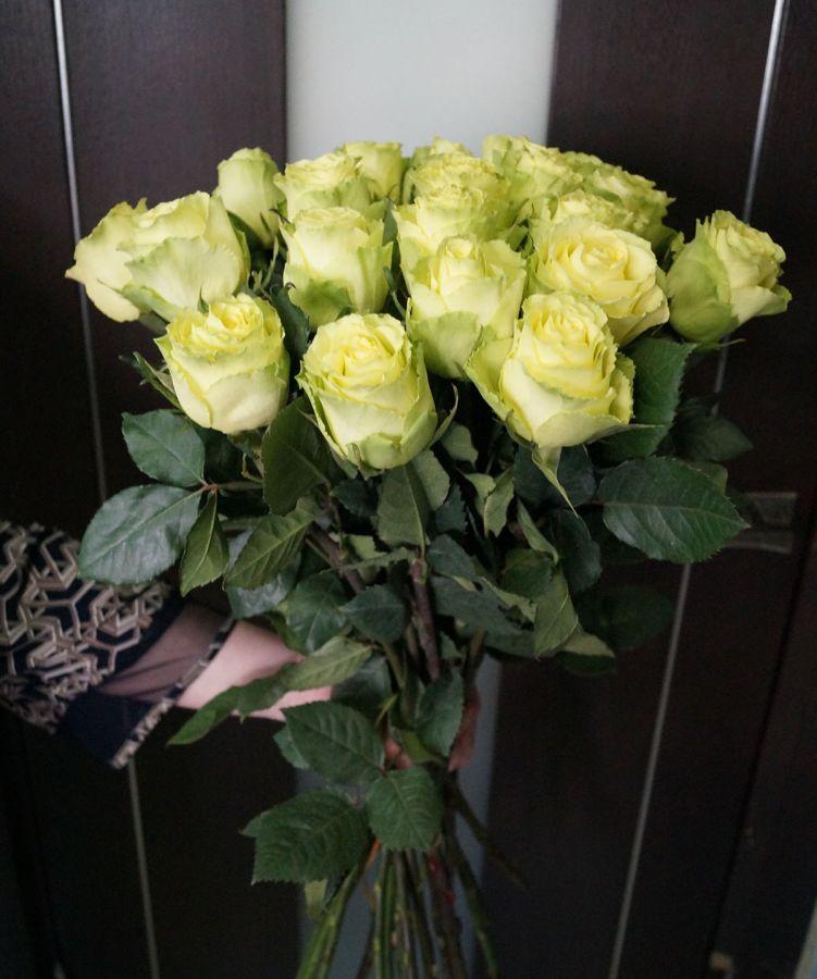 25 роз - Лимбо (60 см)