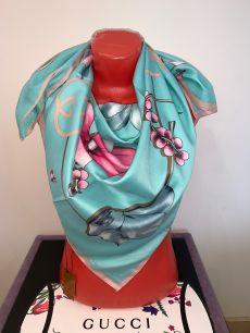 Шелковый платок голубой Gucci, арт. 064