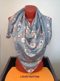 Серый шелковый платок  Louis Vuitton, арт. 060