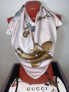 Шелковый платок Gucci с цветком, арт. 044