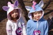 Толстовка для девочки с ушками и гривой на капюшоне