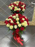 Букет из 51 розы красной и белой эквадорской