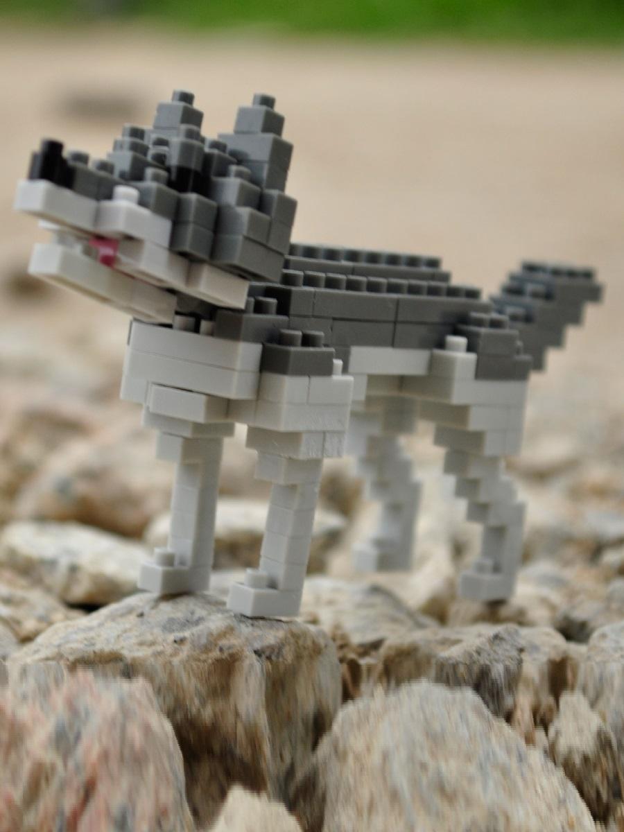 Конструктор Wisehawk & LNO Серый волк 139 деталей NO. C10 Gray Wolf Gift Series