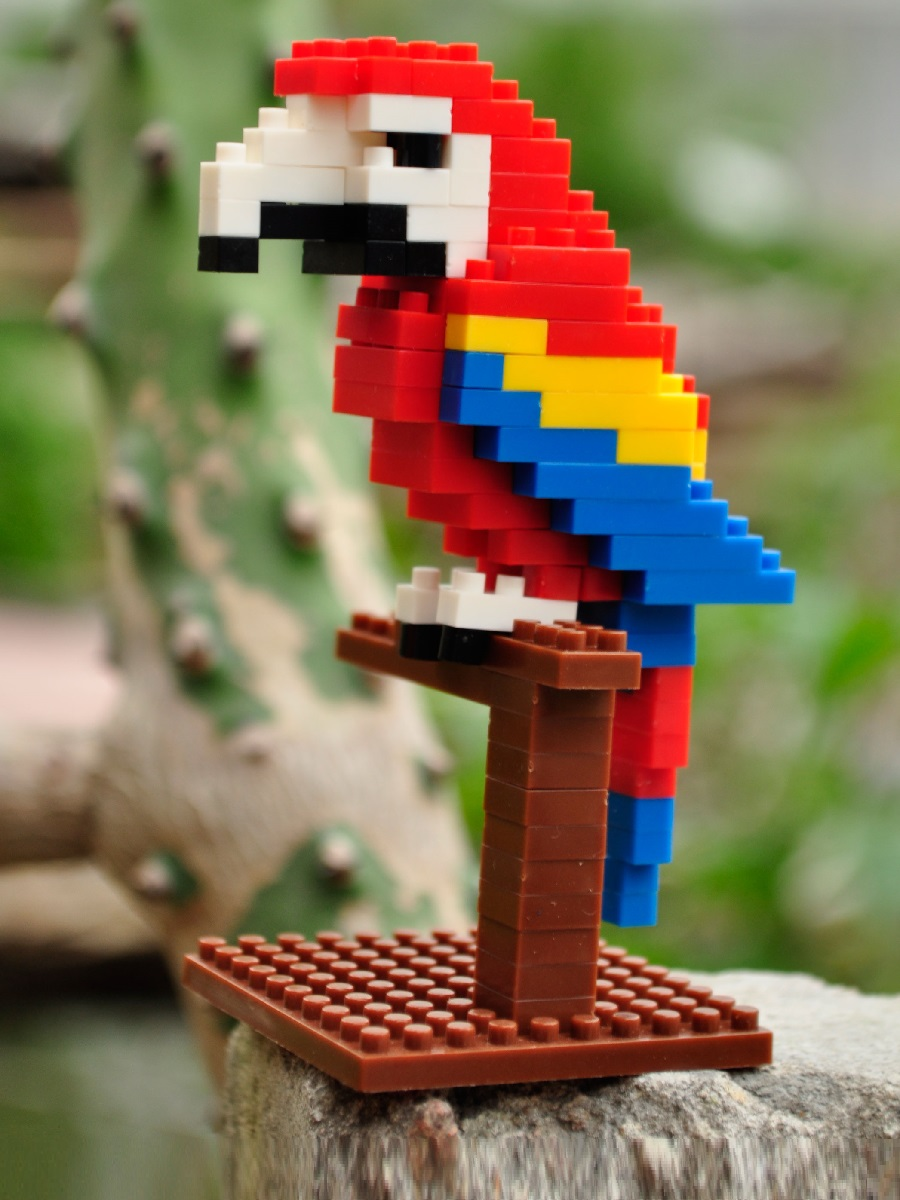 Конструктор Wisehawk & LNO попугай Скарлет Ара 105 деталей NO. B1 Scarlet Macaw Gift Series