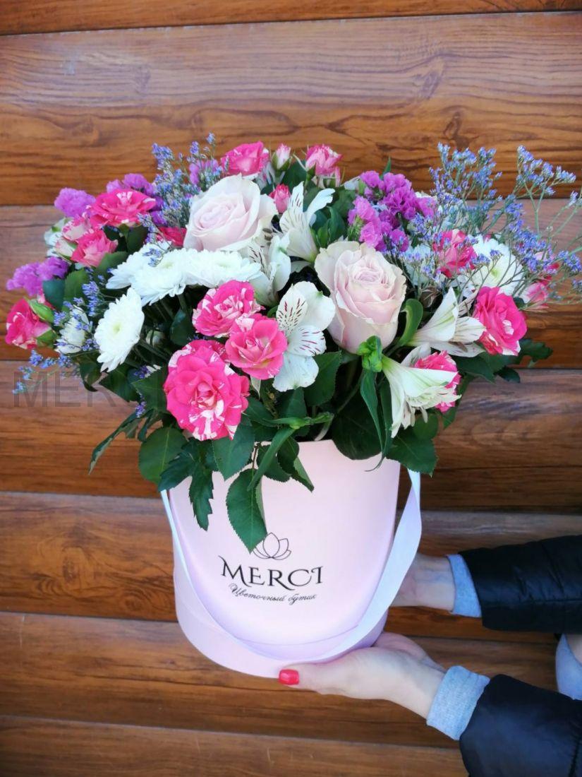 Коробка с цветами N11