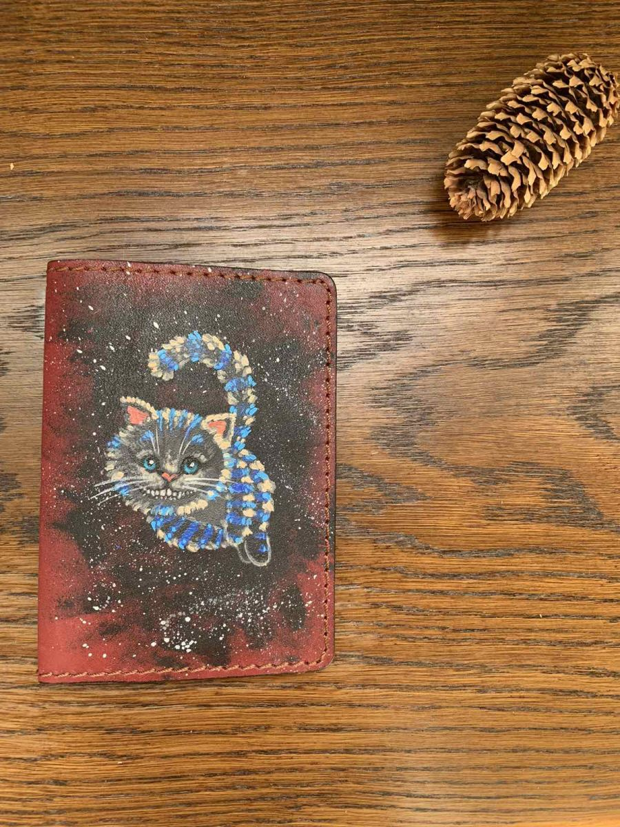 Обложка на паспорт и автодокументы Алиса в стране Чудес