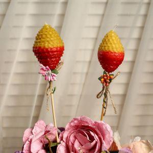 """Свеча из вощины """"Яйцо"""" на палочке, медово- красная, с декором 4852686"""
