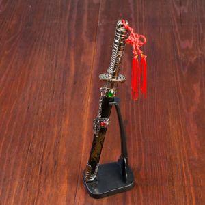 Сувенирный кинжал на подставке, на ножнах дракон, рукоять в форме светового меча, 25 см  505096