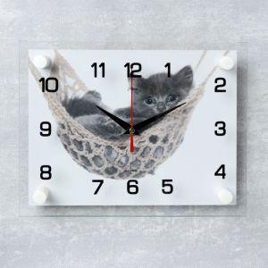 """Часы настенные, серия: Животный мир, """"Котенок в гамаке"""", 20х26 см  микс 2362185"""