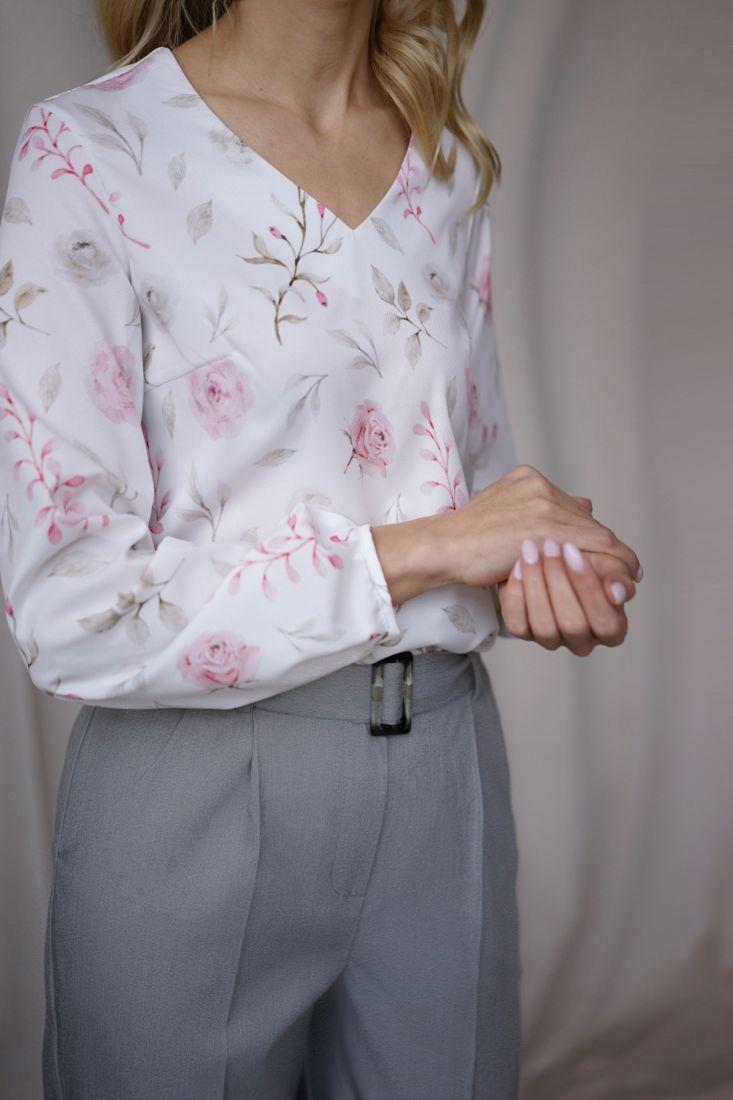 m1902 Блузка с флористическим дизайном