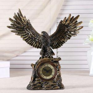 """Часы настольные """"Орел расправил крылья"""",  цвет золотой, h=35 см 3940730"""