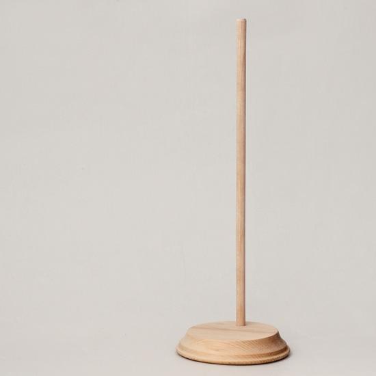 Подставка деревянная для кукол, круглое основание