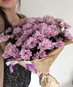 Букет из нежно розовых хризантем