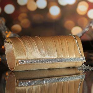 Клатч женский, отдел на магните, длинная цепь, цвет золотой