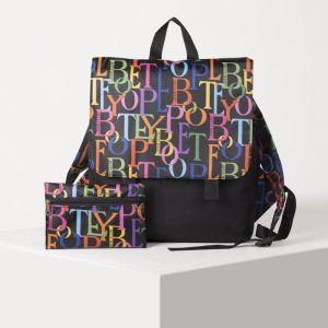 Рюкзак молодёжный, с косметичкой, отдел на молнии, цвет чёрный