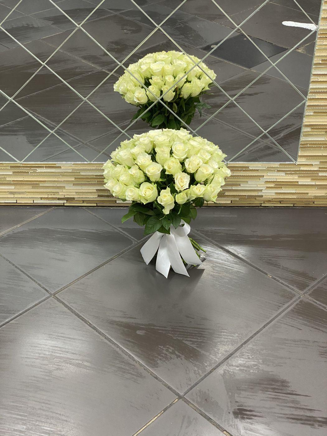 Букет из 51 розы белой