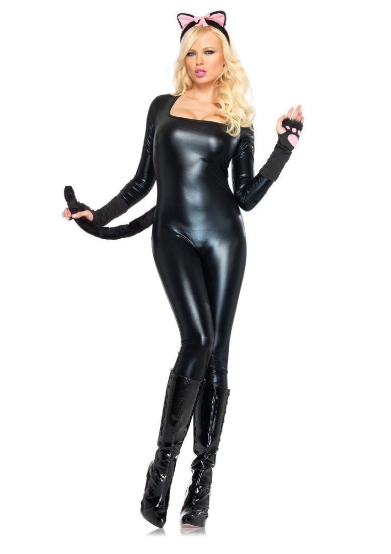 Виниловый костюм женщины-кошки