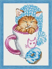 Алмазная мозаика «Спящий котёнок с пончиком» 30x40 см