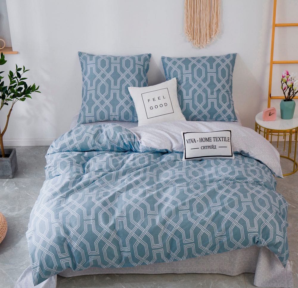 Комплект постельного белья 1.5 спальный Сатин C355