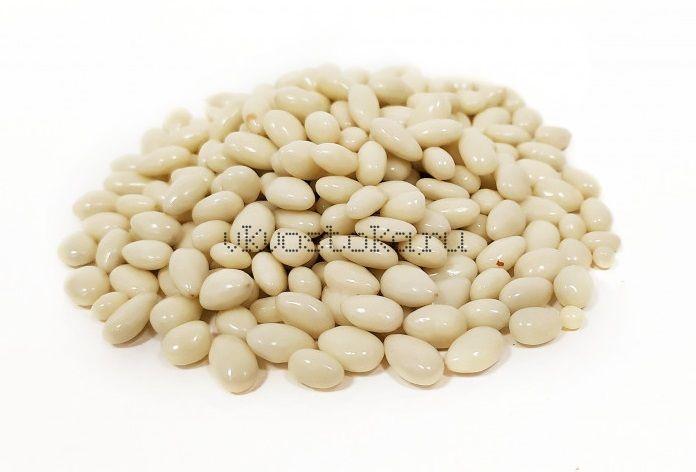 Семена подсолнечника в белом шоколаде