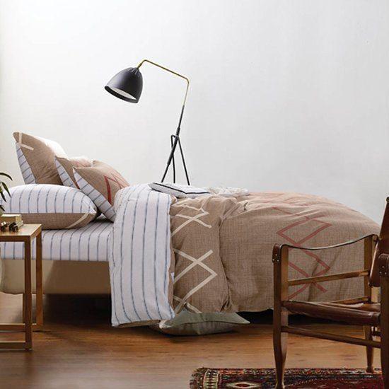 Комплект Евро  постельного белья Люкс-Сатин на резинке AR091