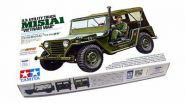 """Американский автомобиль US Utility Truck M151A1 - """"Vietnam War"""", с одной фигурой водителя."""