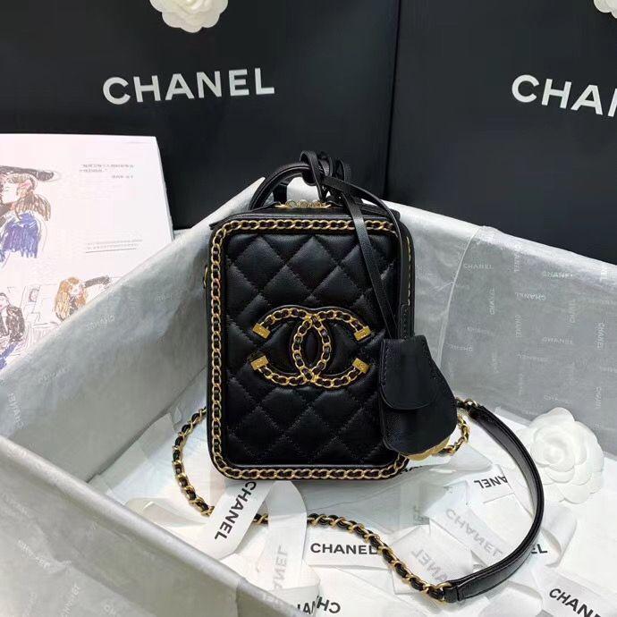 Клатч Chanel 19 cm