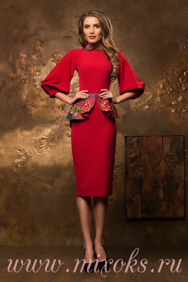 Платье красное в русском стиле