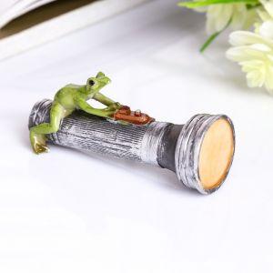 """Сувенир полистоун миниатюра """"Лягушка на фонарике"""" 4х3х8 см   4128525"""