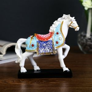 """Сувенир полистоун """"Белый конь в цветной попоне аллюр"""" 13х12х4 см   4145578"""