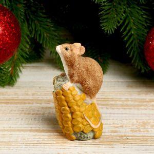 """Сувенир полистоун """"Мышка с кукурузой"""" 8,7х3,9х5,2 см   4169259"""