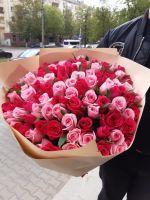 Букет 101 роза в крафте