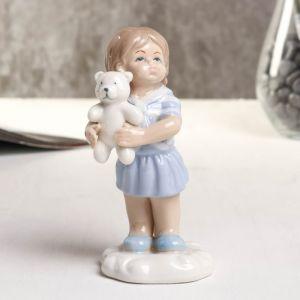 "Сувенир фарфор ""Девочка с мишкой"" голубой 6х5.2х10.2 см   4677402"