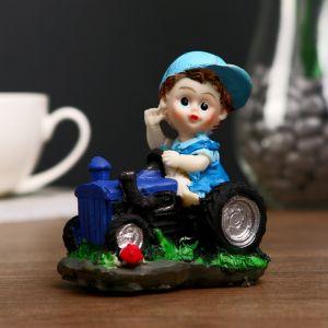 """Сувенир полистоун """"Малыш на тракторе"""" МИКС 9х7,5х6 см 2534025"""